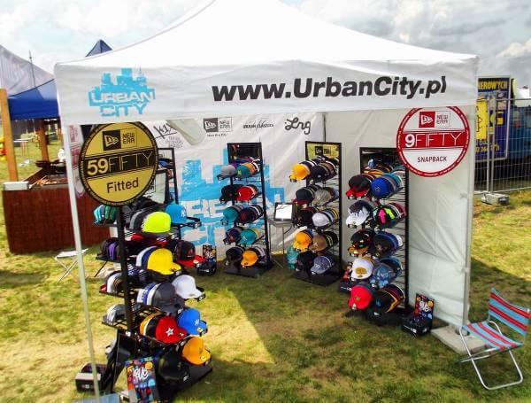 Stoisko Urban City na festivalu Hip Hop - zdjęcie z fanpage'a sklepu na Facebooku.
