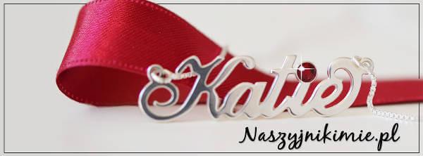Oryginalne naszyjniki imienne - zdjęcie z fanpage'a sklepu na Facebooku.